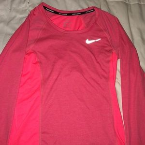Nike Dri-fit Athletic Shirt XS